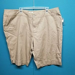 Cato women shorts plus size